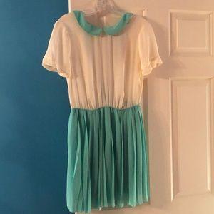 Forever 21 mint collared short sleeved dress